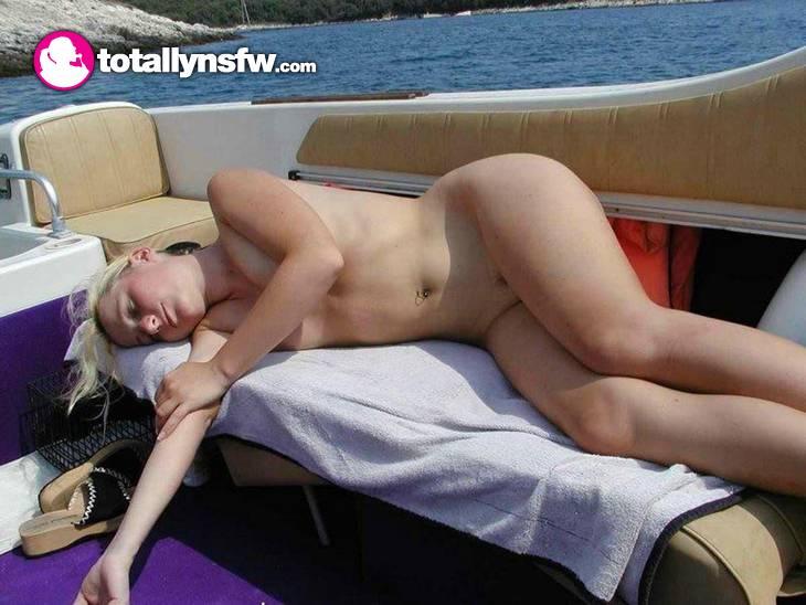 Секс со спящей девушкой крупным планом (Фотография 13 из 16) Порно и.
